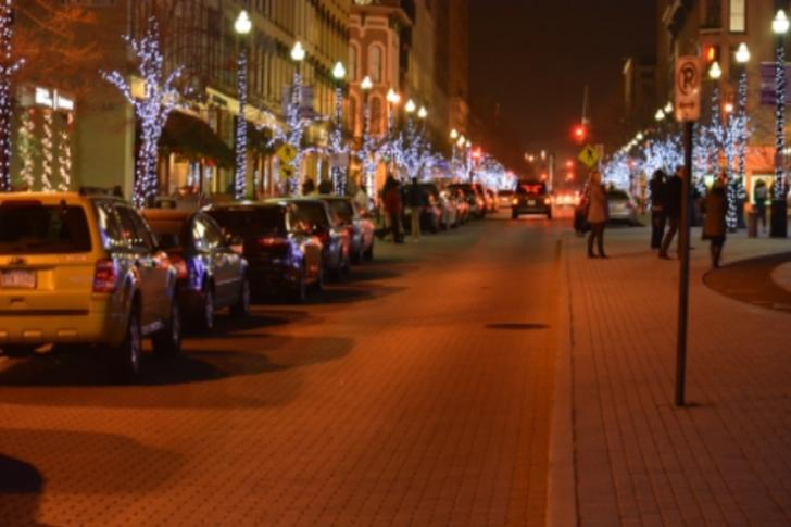 Monroe Center holiday lights in downtown Grand Rapids