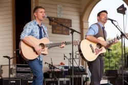 Byrne & Kelly Riverfest 2015