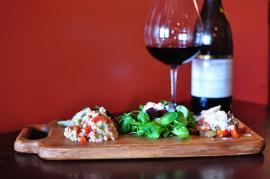 Domaine Hudson Salad and Vegtable Board