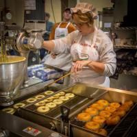 pennsylvania-farm-show-potato-doughnuts