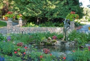 Assinboine_Park_Conservancy_-_English_Garden.jpg