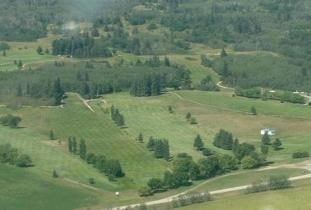Glenboro_Golf_&_Country_Club.jpg