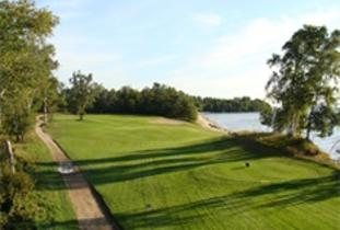 Lake_of_the_Sandhills_Golf_Course.jpg