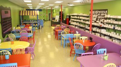uPaint Pottery Studio in Plainfield, IN