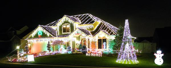 Best Christmas Lights Display - 1116 Almdale Drive