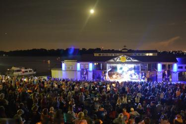 Jeffersonville RiverStage concert crowd with full moon