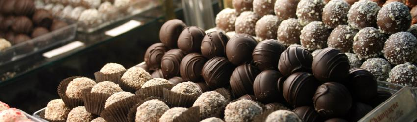 sweet-expressions-canandaigua-candy-truffles-case