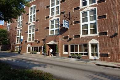 Hampton Inn Downtown Historic Distric