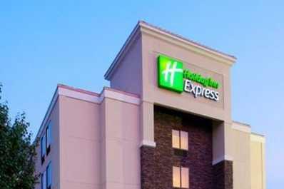 Holiday Inn Express RDU Airport Exterior