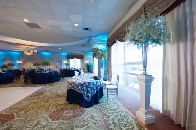 Wolferts Roost Country Club wedding
