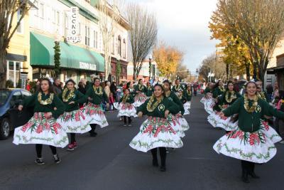 Halau Hula o Na Pua o Hawaii Nei at the Springfield Christmas Parade