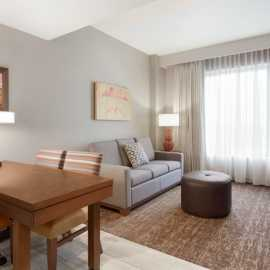 1 King 2 room suite