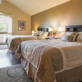Two Queen Master Bedroom Hellgate N
