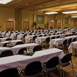 Facilities are supported by an on-site team of conference, banquet and audio/visual professionals.