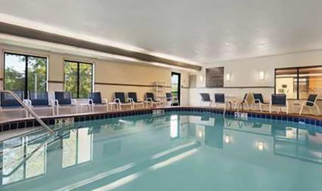 Hampton Inn Hotel Merrillville pool