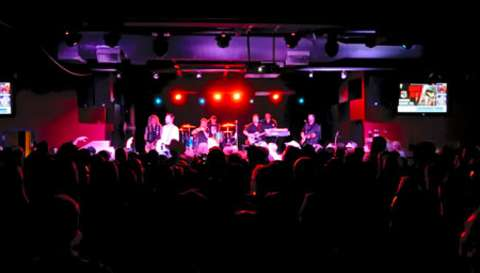 Howlin' at the Hall: Walker Hayes