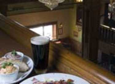 Try a Celtic Cob Salad with your pint