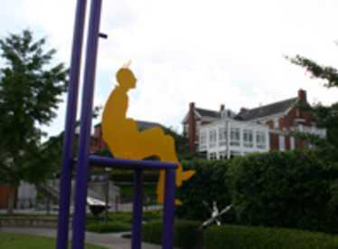 2164_487_Bluff_View_Sculpture_Garden1.jpg