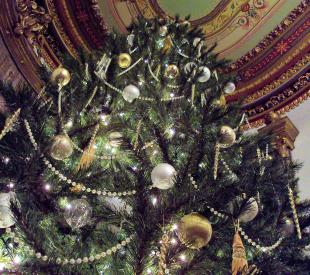 Culbertson Mansion Christmas tree
