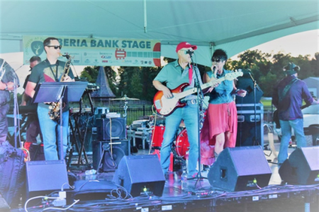 Band at Groovin' at the Grove