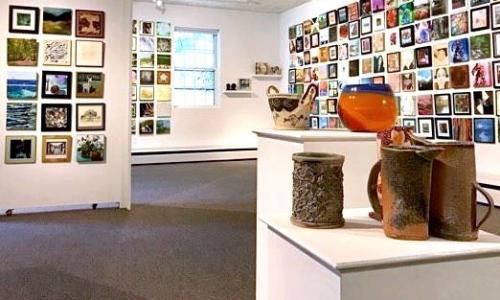 Saratoga Arts Center bowls on pedestals