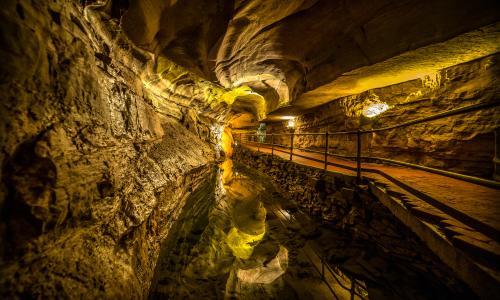 Howe Caverns 1