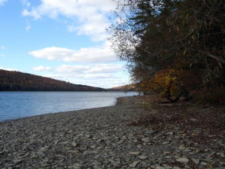canadice-lake-shore-line