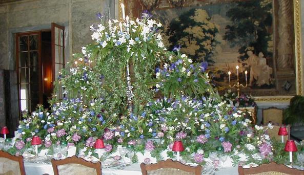 Staatsburgh SHS - Christmas table