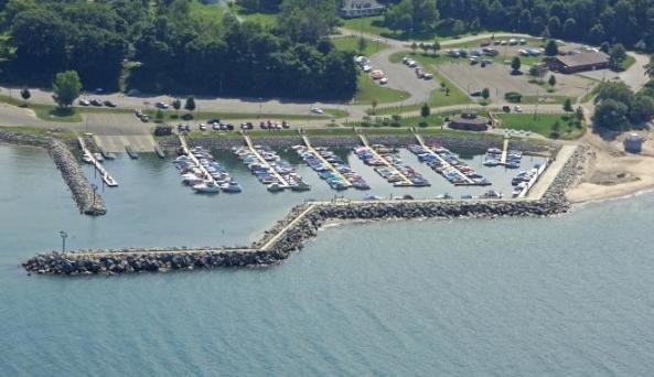 Sturgeon Point Marina