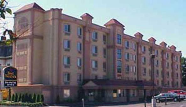 Best Western Inn on the Avenue