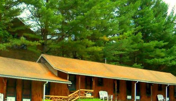 Blueberry Hill Motel