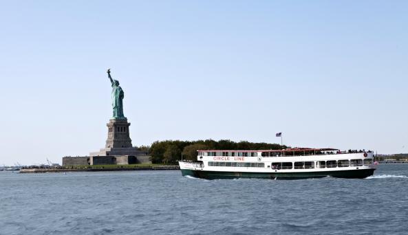 Circle Line Semi - Circle Cruise - Photo by Marley White - Courtesy of NYC & CO