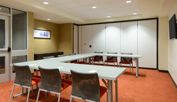 Canalside Meeting Room
