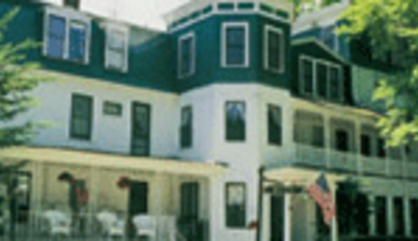 Carey Cottage Inn