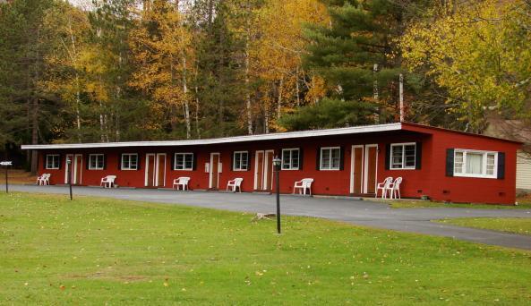 Squaw Brook Motel