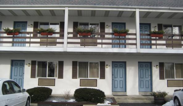 Roosevelt Inn - front