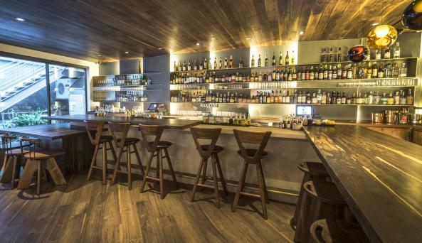 MADE Lobby Bar & Patio