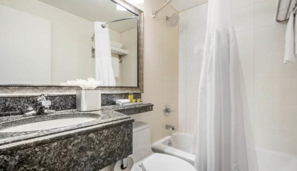 Look Hotel Bathroom
