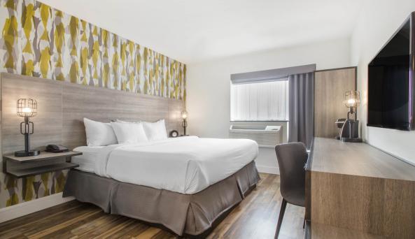 Look Hotel King Room 1