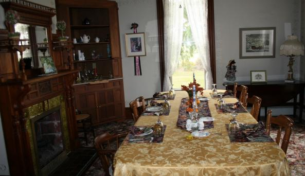Dining room at the 1885 Sutherland House