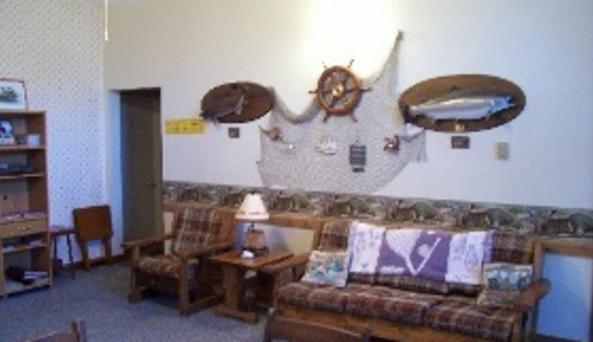Feeder Creek Lodge Room