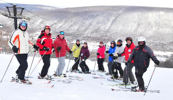 finger-lakes-bristol-mountain-winter-skiing-group