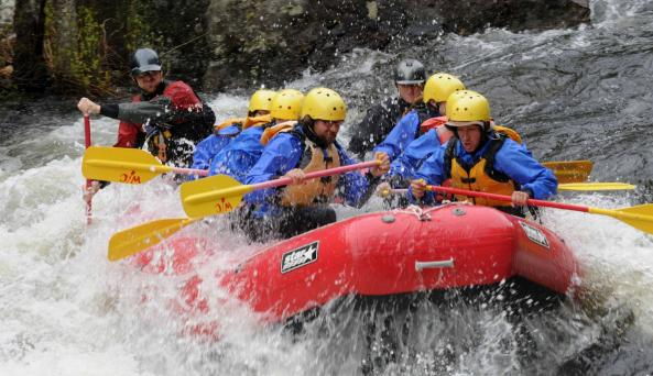 Spring Whitewater Rafting on the Hudson River