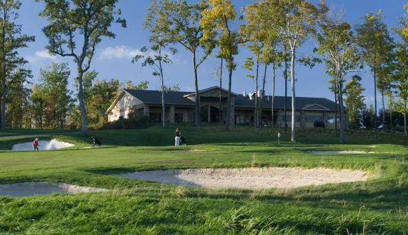 ravenwood-victor-golfers-clubhouse