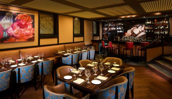dining room interior at North Square Restaurant & Lounge