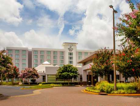 Delta Hotel - Exterior