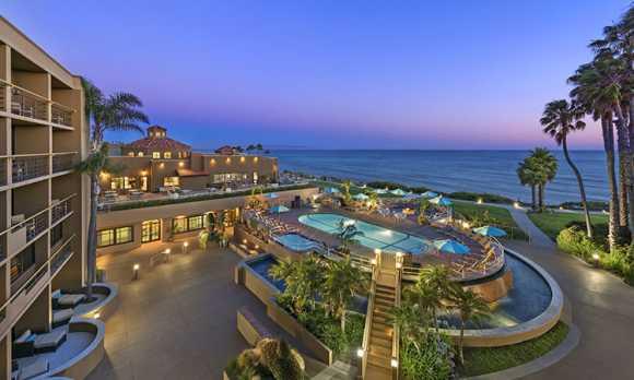 Cliffs Hotel Pool