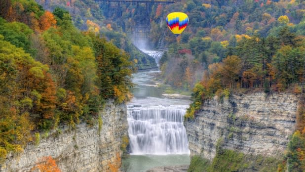 Letchworth State Park- Balloon Over Middle Falls