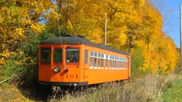 Tracking Fall Foliage by Trolley