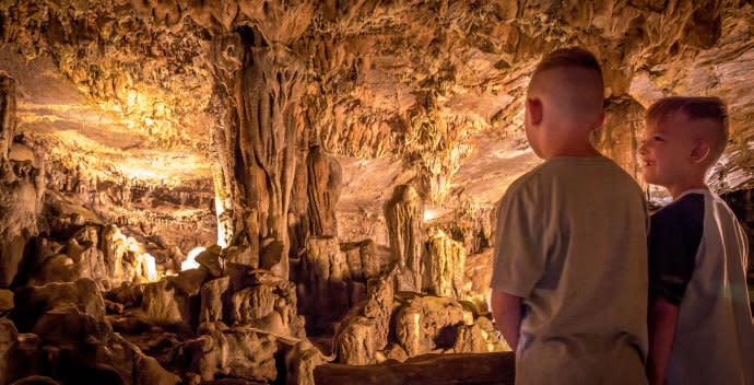 Indian Echo Caverns